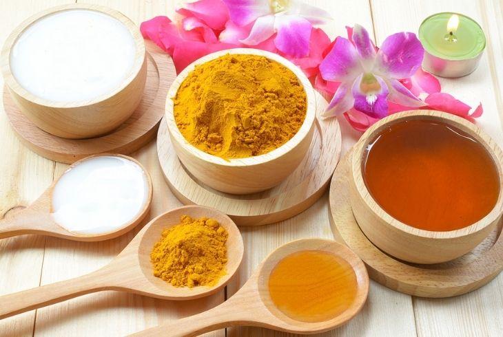 Chữa đau dạ dày bằng mật ong và tinh bột nghệ có hiệu quả cao sau một thời gian