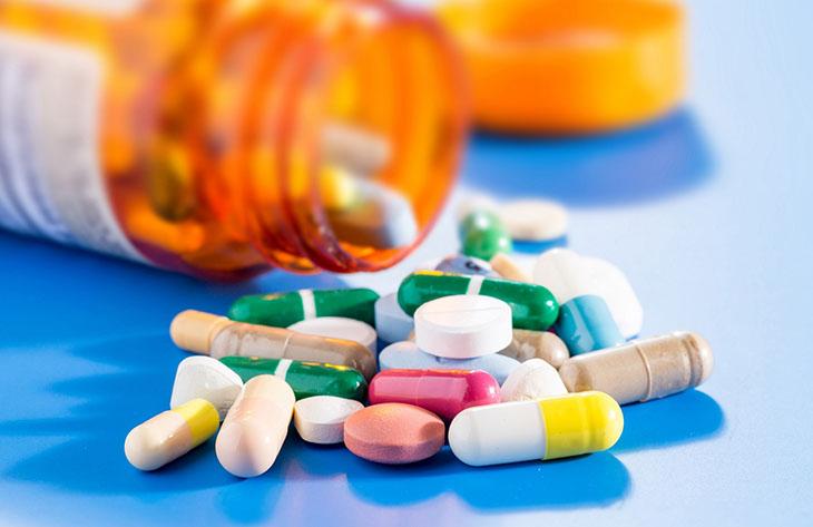 Thuốc Tây có thể trị bệnh nhanh chóng