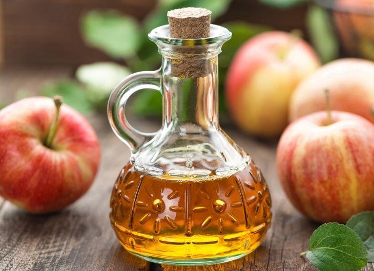 Uống nước giấm táo giúp điều chỉnh axit có trong dạ dày
