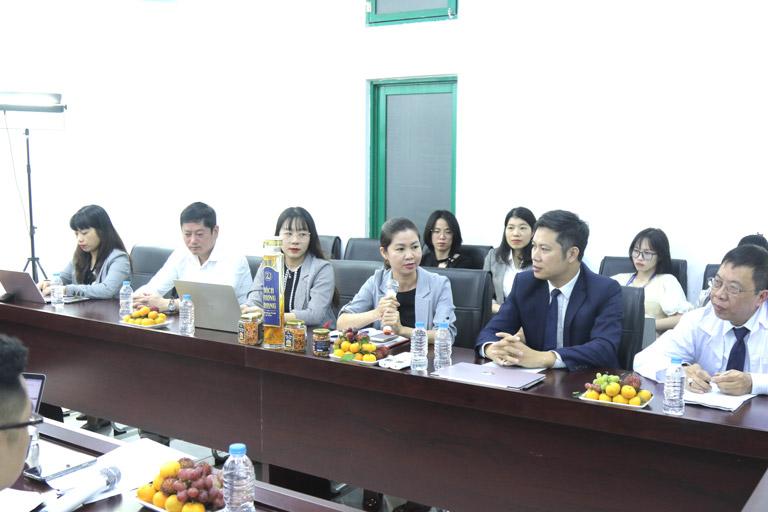 Bà Trần Thanh Hằng đánh giá khách quan về chất lượng các sản phẩm đông trùng hạ thảo Vietfarm