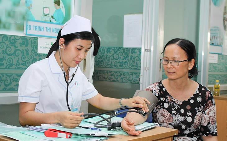 Khám bệnh tại bệnh viện Nhân Dân 115