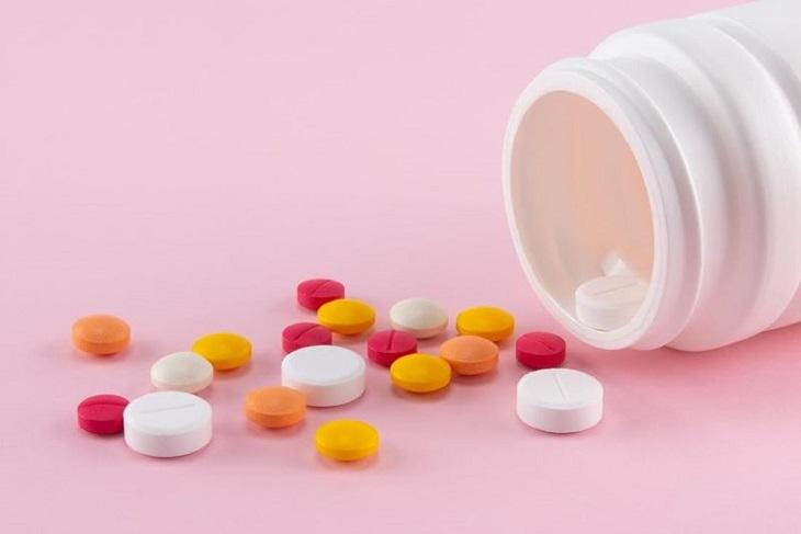 Thuốc tân dược giúp kiểm soát nhanh triệu chứng nổi mày đay