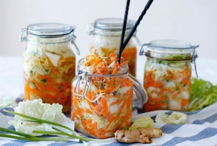 Giảm tối đa việc sử dụng các món ăn muối chua trong quá trình mang thai.