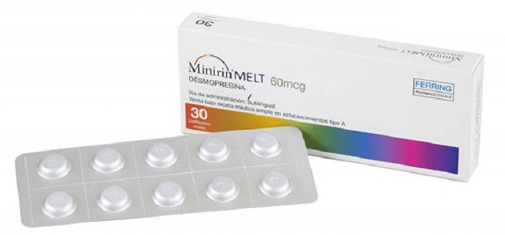 Nhóm thuốc Desmopressin hoạt động giống với loại hormon chống bài niệu ADH, một loại hormone quyết định việc đi tiểu ít hay nhiều