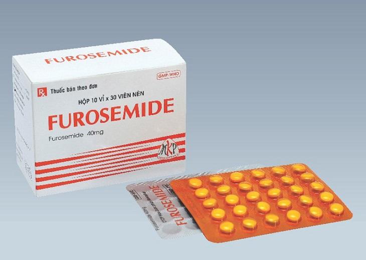 Thuốc lợi tiểu như Furosemide cũng được chỉ định để hạn chế tình trạng tiểu đêm nhiều lần