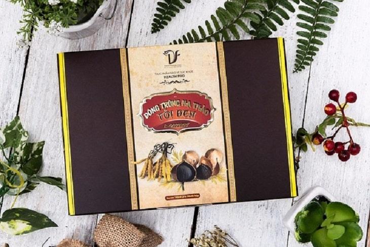 Sản phẩm này có chứa 3 thành phần chính là nấm trùng thảo, tỏi đen và mật ong