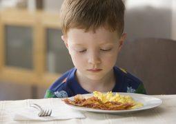 trẻ em bị đau dạ dày nên ăn gì