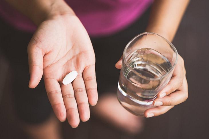 Các loại thuốc giảm đau thường uống sau khi ăn