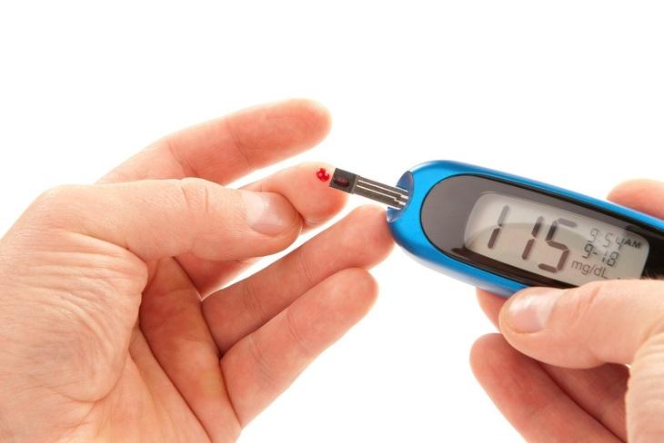 Đái tháo đường là một trong những yếu tố nguy cơ hàng đầu gây viêm cầu thận mãn tính