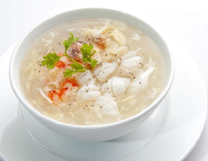 Súp bào ngư là món ăn ngon miệng, dễ sử dụng và có thể dùng cho nhiều đối tượng khác nhau