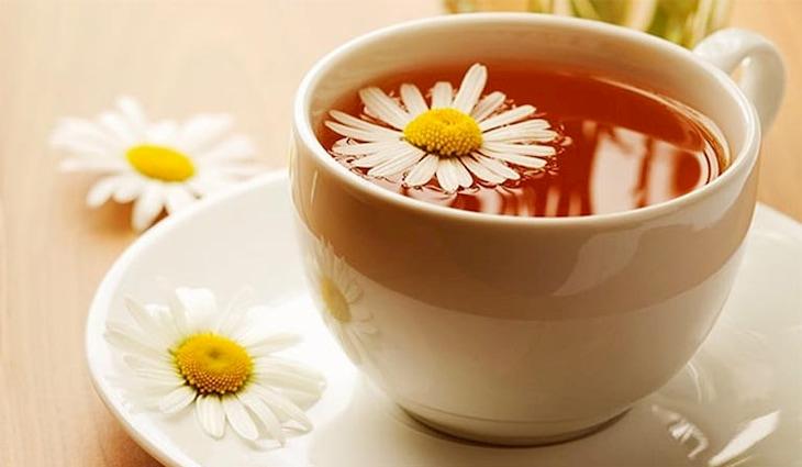 Trà hoa cúc là giải pháp hữu hiệu để giảm axit dạ dày