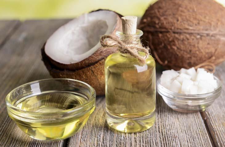 Chữa chàm sữa bằng lá trầu không và dầu dừa