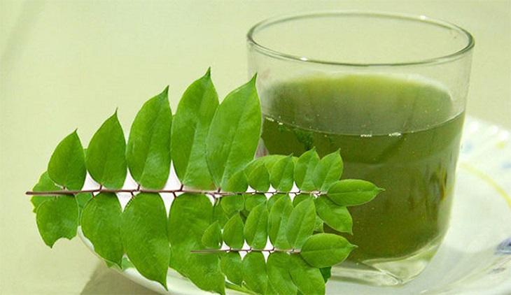 Bài thuốc uống nước lá khế chữa bệnh da liễu tại nhà