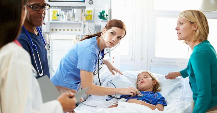 Hở van 2 lá có thể điều trị bằng thuốc hoặc phẫu thuật