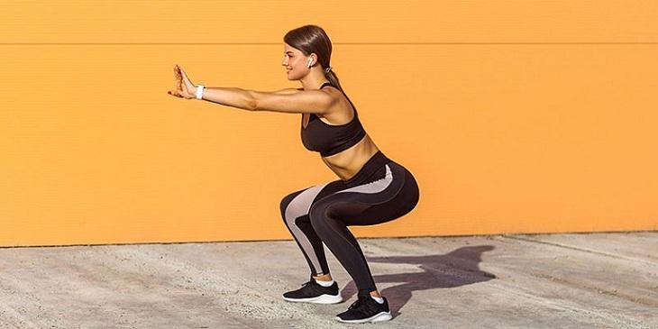 Bài tập squat cho người thoái hóa đốt sống cổ