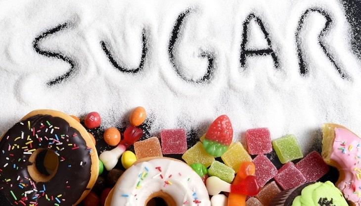 Thực phẩm chứa nhiều đường không nên sử dụng trong thời gian điều trị