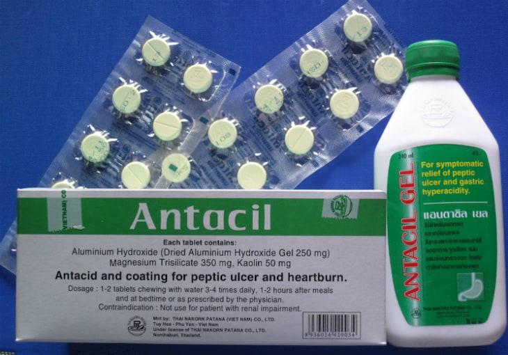 Antacil có tác dụng trung hòa axit dịch vị, cân bằng pH đường tiêu hóa
