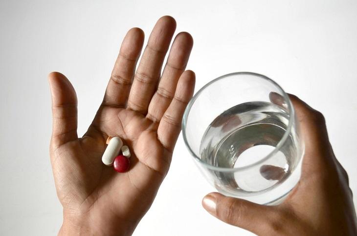 Người bệnh cần ghi nhớ những lưu ý khi uống thuốc sữa dạ dày để đạt hiệu quả cao nhất