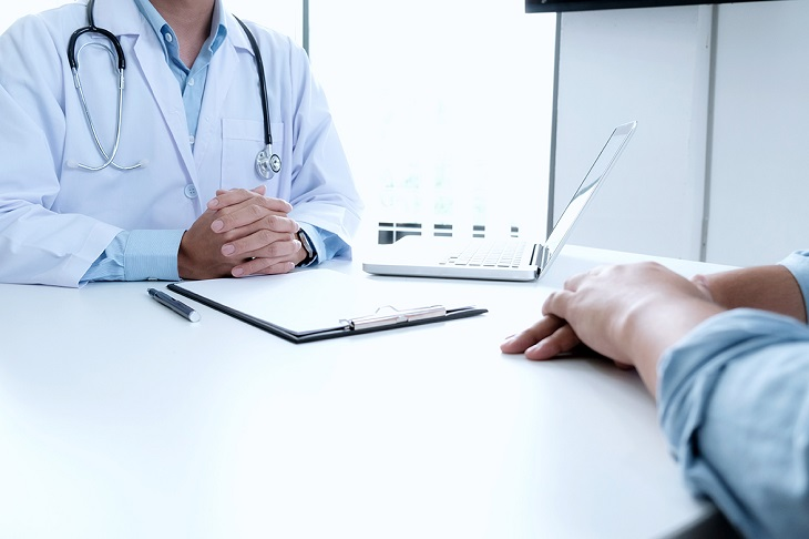 Tiểu buốt và đau lưng là dấu hiệu của bệnh gì?