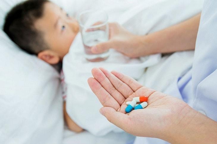 Không nên lạm dụng kháng sinh trong mọi trường hợp bệnh lý