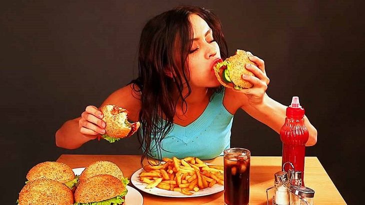 Ăn uống đúng cách kết hợp sinh hoạt khoa học là cách ngừa bệnh ở dạ dày rất hiệu quả