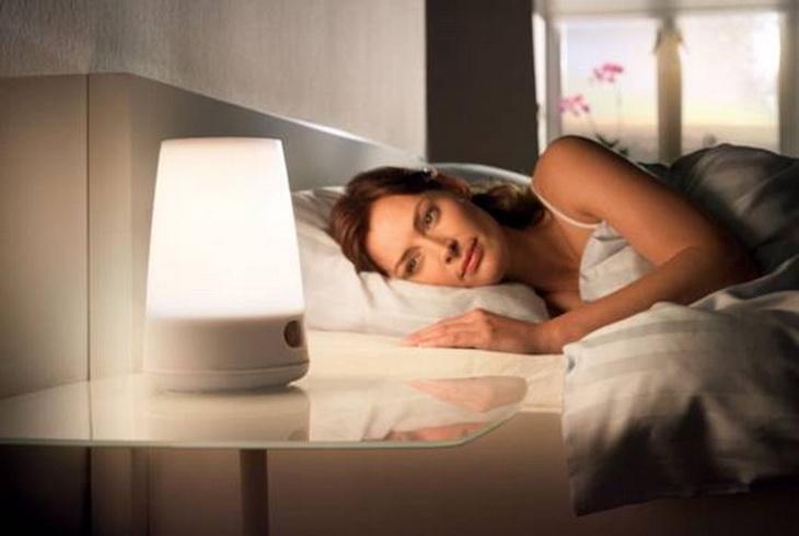 Bên cạnh thắc mắc bà bầu mất ngủ nên ăn gì, mẹ cũng cần chú ý đến những yếu tố ảnh hưởng chất lượng giấc ngủ