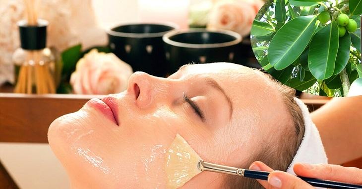 Bạn phải đảm bảo da mặt đã được làm sạch trước khi bôi dầu