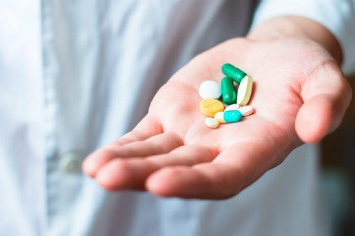 Thuốc Tây được chỉ định cho những bệnh nhân không đáp ứng với các biện pháp trước đó