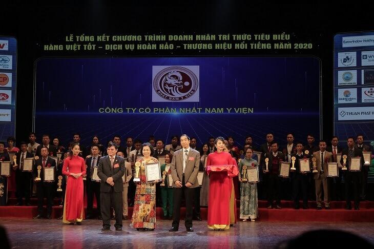 Nhất Nam Y Viện được vinh danh Top 20 thương hiệu tốt nhất Việt Nam năm 2020