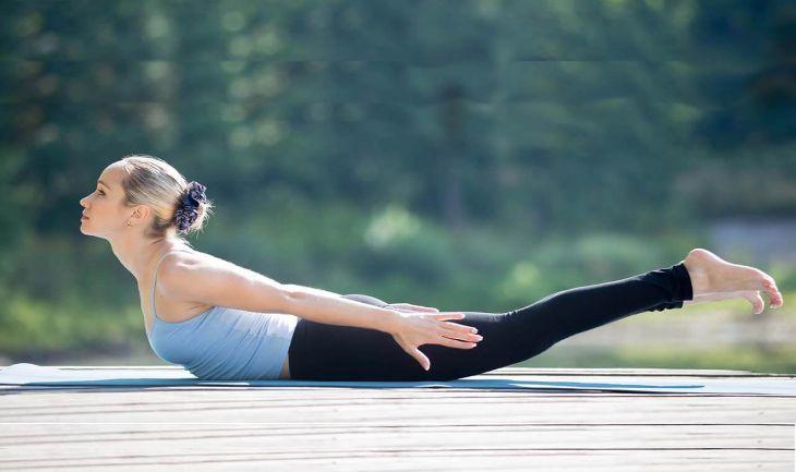 Thực hiện một số bài tập Yoga trị thoái hóa đốt sống cổ gây đau đầu