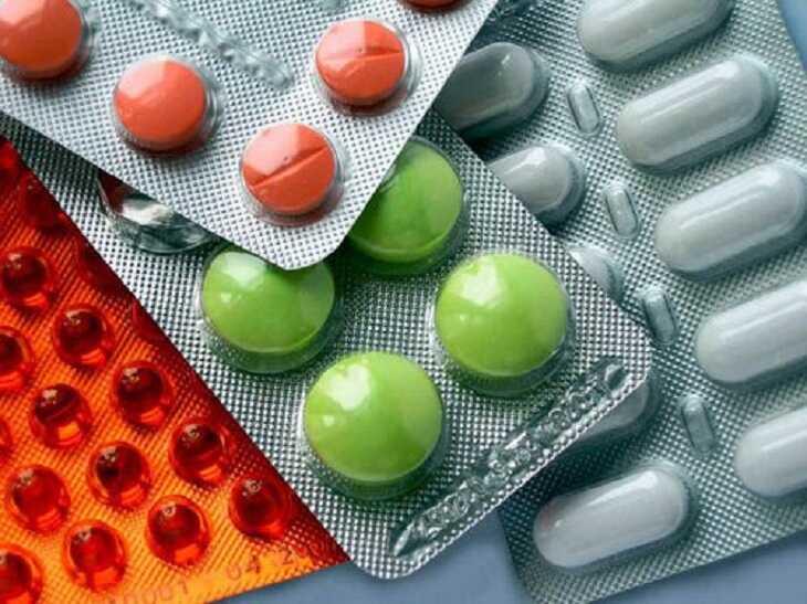 Khi dùng thuốc tân dược chữa bệnh cần hỏi qua ý kiến bác sĩ