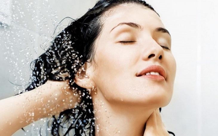 Chú ý vệ sinh da đầu khi đang mắc bệnh da liễu