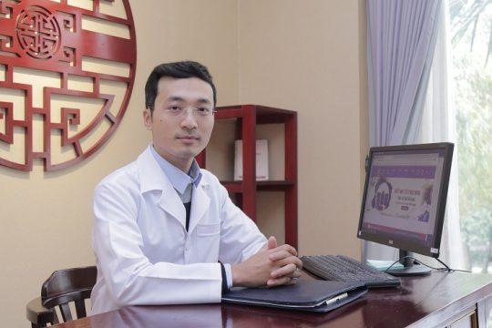 Bác sĩ Nguyễn Tín Hòa: Vị bác sĩ dốc lòng cho nền Y học cổ truyền dân tộc