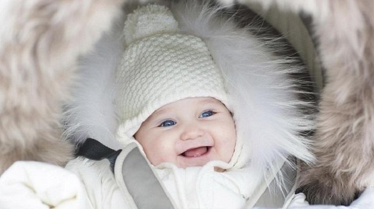Hoạt động cọ xát vào quần áo có thể khiến trẻ bị á sừng