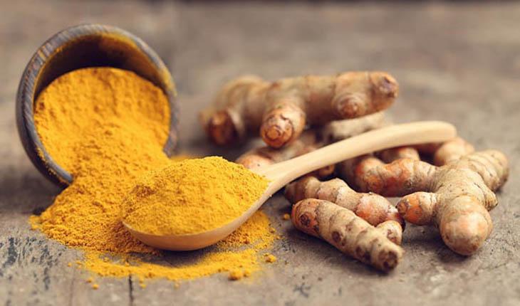 Trong nghệ vàng có chứa hoạt chất giúp trị viêm loét dạ dày