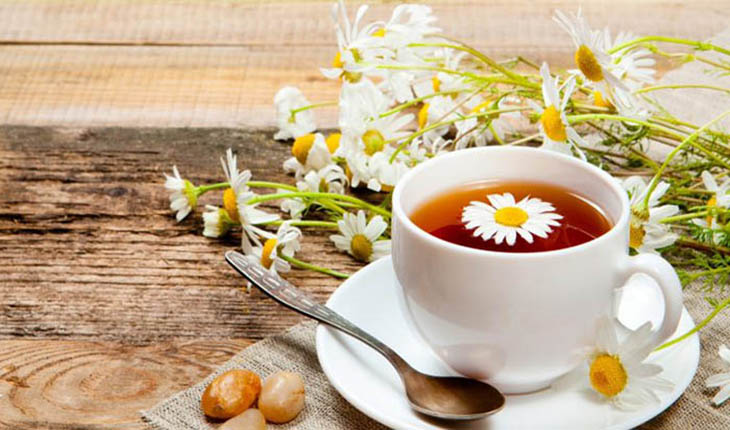 Trà hoa cúc rất tốt cho người bị viêm dạ dày