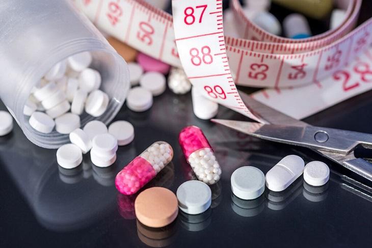 Thuốc giảm cân có thể gây những tác dụng phụ ngoài ý muốn, phổ biến nhất là mất ngủ