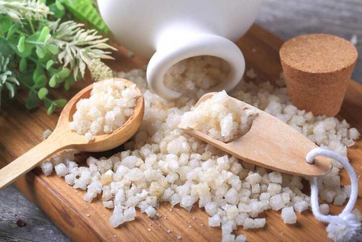 Muối Epsom có tác dụng làm giảm các triệu chứng của bệnh da liễu