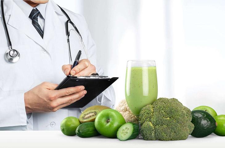 Thực hiện chế độ ăn uống khoa học để phòng viêm teo niêm mạc dạ dày