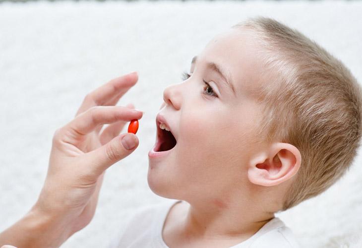 Dùng thuốc Tây chữ viêm toàn bộ niêm mạc dạ dày ở trẻ em