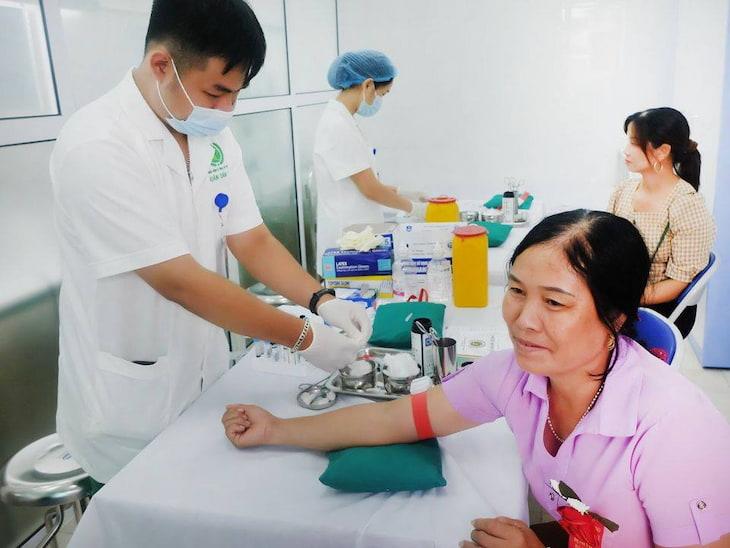 Bệnh viện YHCT Xương khớp Quân Dân 102 đáp ứng mọi nhu cầu thăm khám của người bệnh