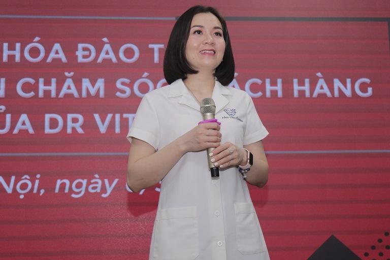 Bác sĩ Phượng siêu thị dr vitamin Việt Nam