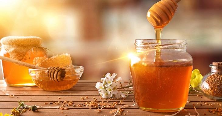 Mật ong giàu dưỡng chất và giúp ngăn chặn nguy cơ trào ngược axit
