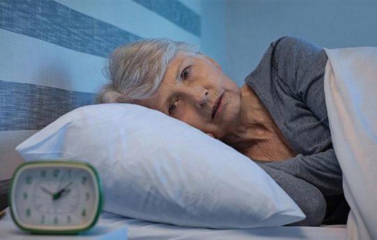 mất ngủ tuổi trung niên
