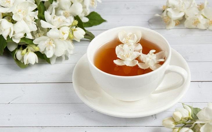 Cải thiện giấc ngủ nhờ trà hoa nhài