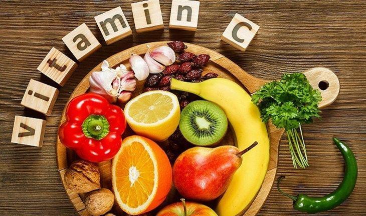 Bổ sung vitamin C từ các loại trái cây và rau củ hằng ngày