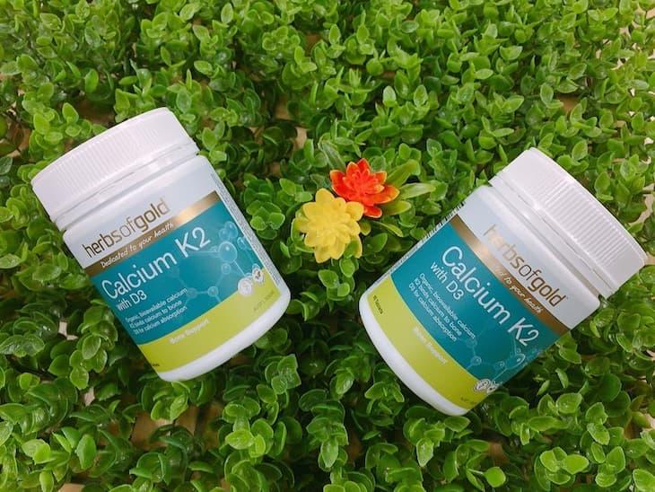 Calcium K2 with D3 Của Herb Of Gold là thuốc bổ sung canxi cho bà bầu được ưa chuộng