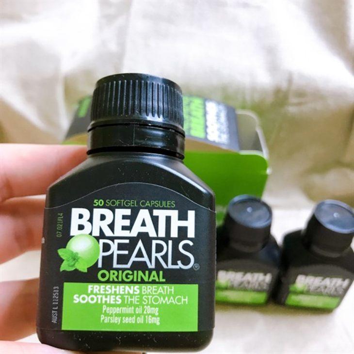 Breath Pearls được đóng gói dạng hộp nhỏ 50 viên hoặc lọ lớn 150 viên