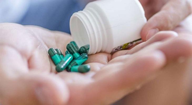 Thuốc Tây y chữa vảy nến giúp giảm nhanh triệu chứng trên da