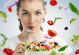 Bị ợ chua nên ăn gì